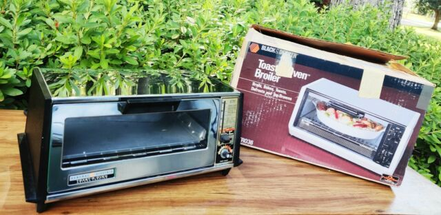 VTG GE Deluxe TOASTER OVEN A6T94 General Electric BAKE TOAST-R-OVEN Made in USA