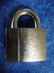 ABLOY-PL-350-25T-PROTEC2-HIGH-SECURITY-LOCK-BIG-TRUCK-GATE-PADLOCK-w-4-KEYS