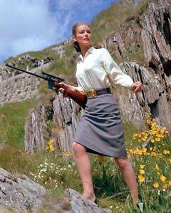 Mallet-Tania-Goldfinger-56153-8x10-Photo
