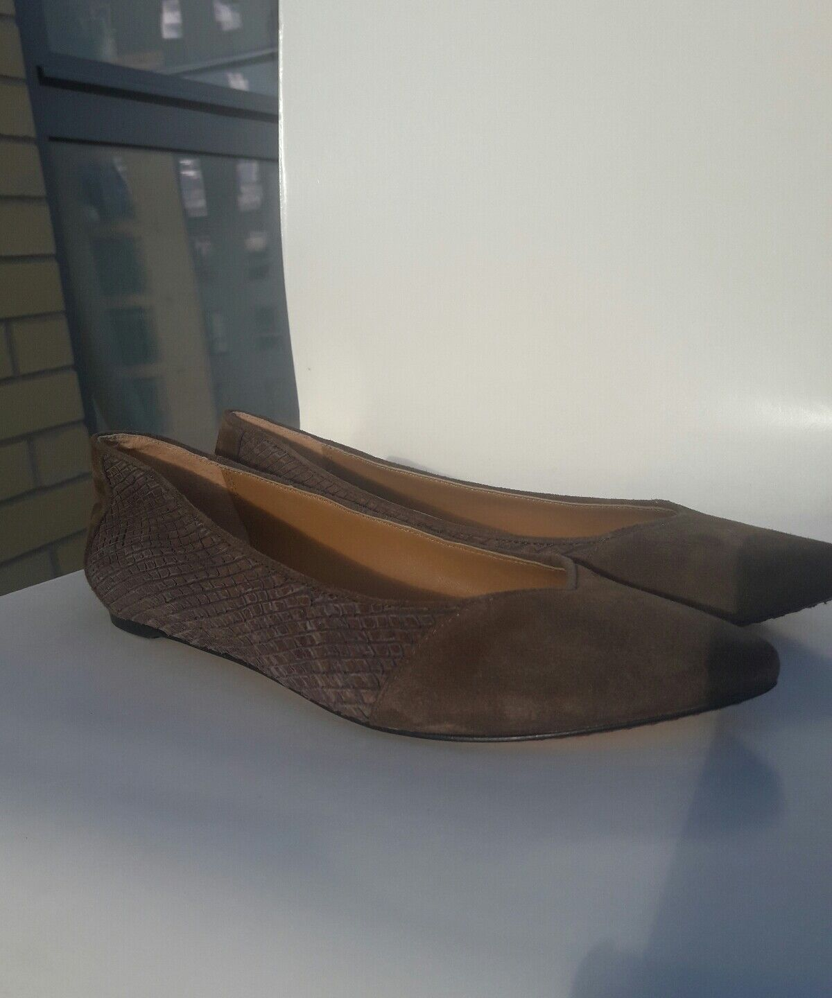 Flat chaussures Taille 6 M UK -8 M USA Texturouge Brand New  H. Trask