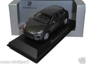 Porsche Macan S Diesel - Scale 1:43 - nip