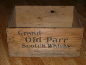 Vintage-GRAND-OLD-PARR-Scotch-Whisky-Wooden-Box