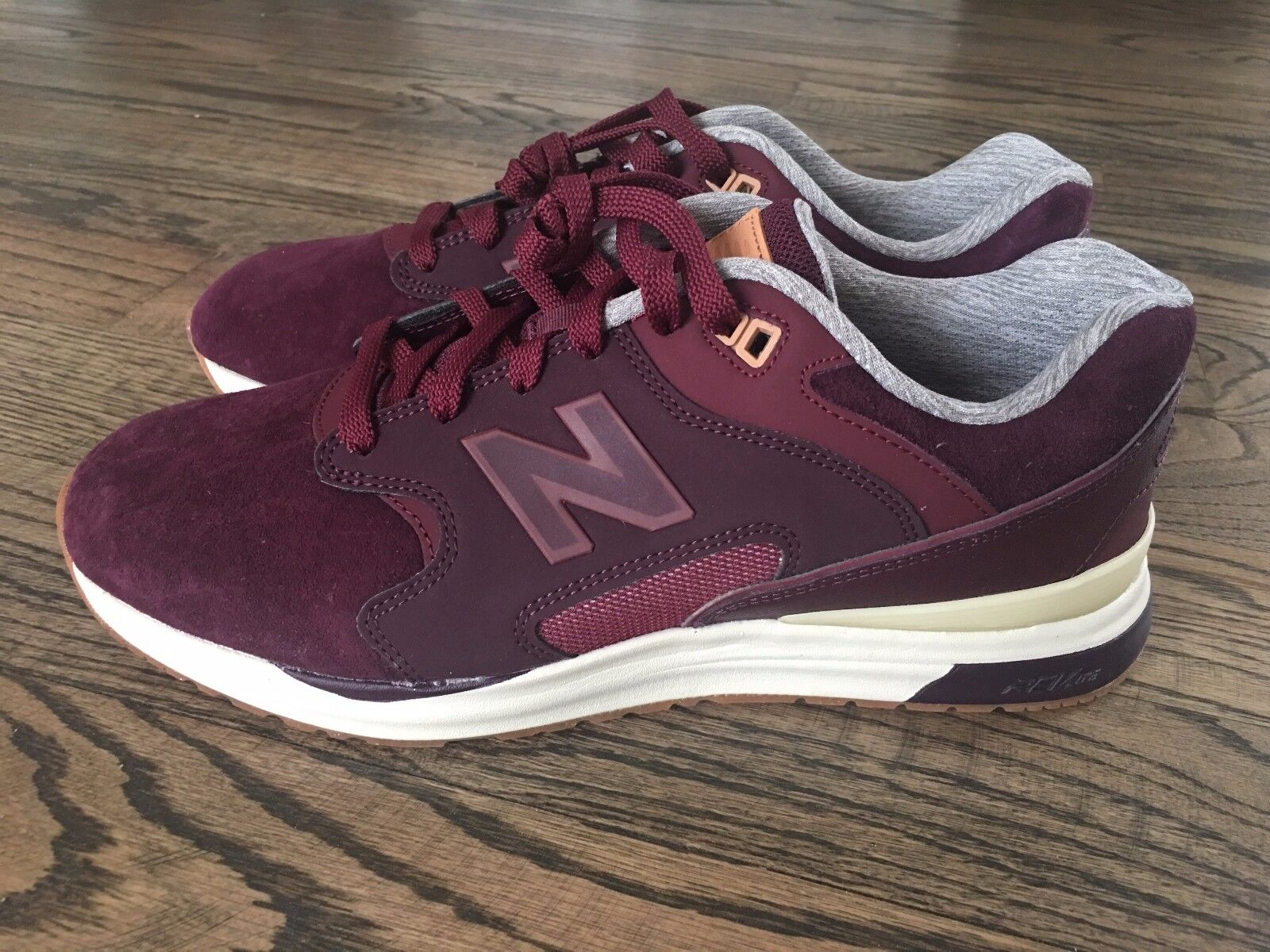 New Balance Burgundy Running Sneakers 550 ML155OSA Men's size SZ 9  New w/o Box