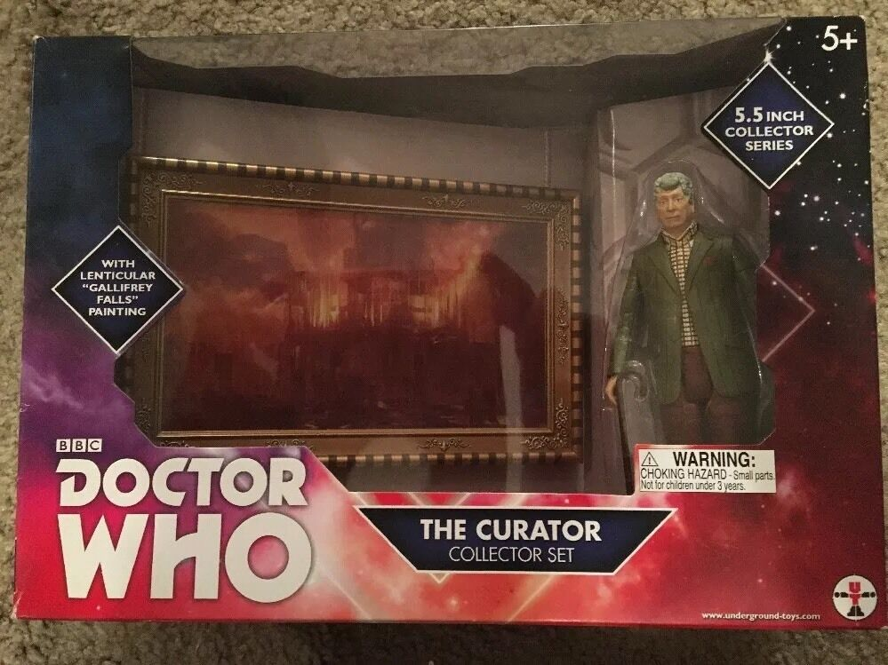 Doctor Who Curator Collectors Set Figure
