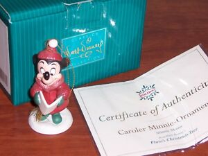 WDCC-034-CAROLER-MINNIE-ORNAMENT-034-Minnie-Mouse-Walt-Disney-039-s-Pluto-039-s-Christmas-Tree