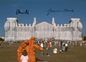 CHRISTO-amp-JEANNE-CLAUDE-Repro-Autogramm-20x27-cm-Wrapped-Reichstag-signed