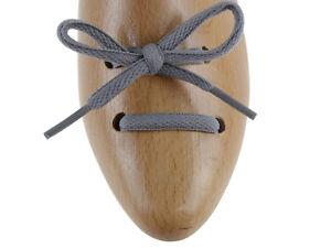 Caricamento dell immagine in corso Lacci-per-scarpe-da-ginnastica-e-running -grigi- 9f4bed5237d