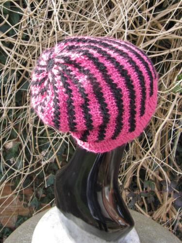 Las instrucciones impresas Tejer-Stripey Remolino Slouch Hat Tejer patrón
