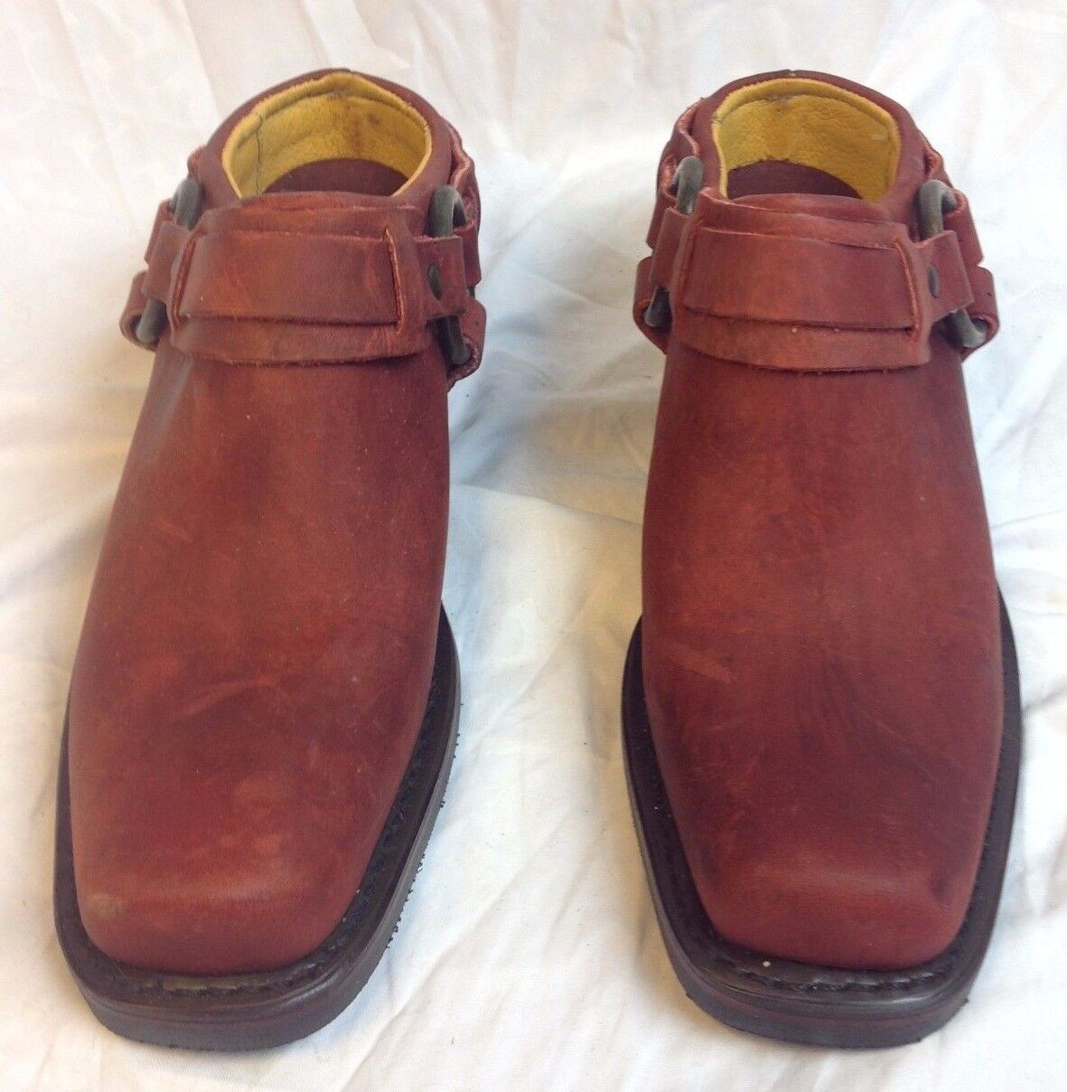 New FRYE Donna 6 Belted - Rosso Leather Motorcycle Belted 6 Harness Biker Mules Clogs 04a761