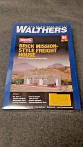 Walthers-HO-Scale-Brick-Mission-Style-Freight-House-Kit-NIB