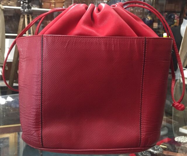 32ea35bd90 Auth BOTTEGA VENETA 145152 Red Leather Shoulder Bag