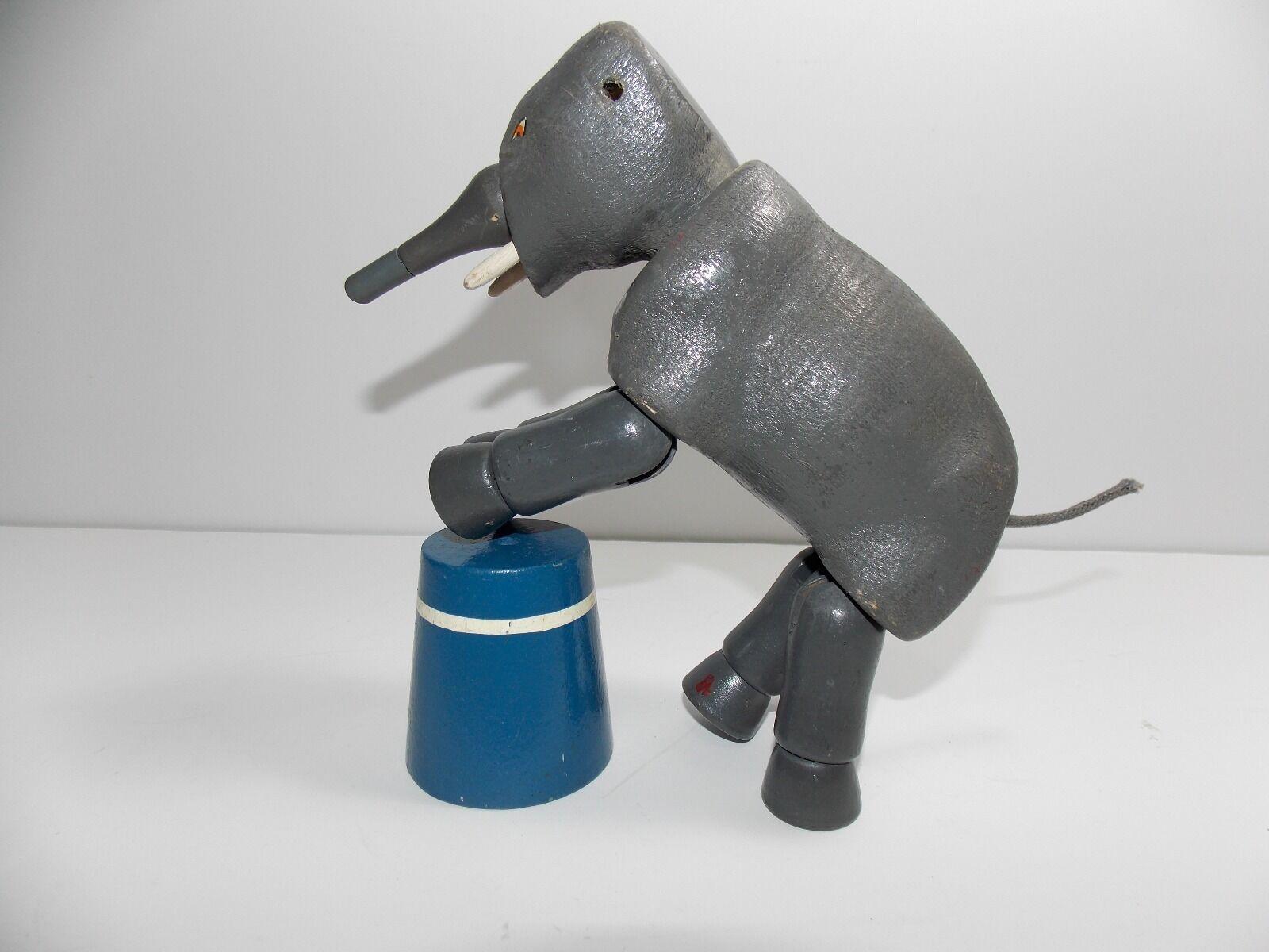 ANTIQUE 1950's DELAVAN CO CIRCUS ELEPHANT HUMPTY DUMPTY DELAVAN WI WOOD JOINTED