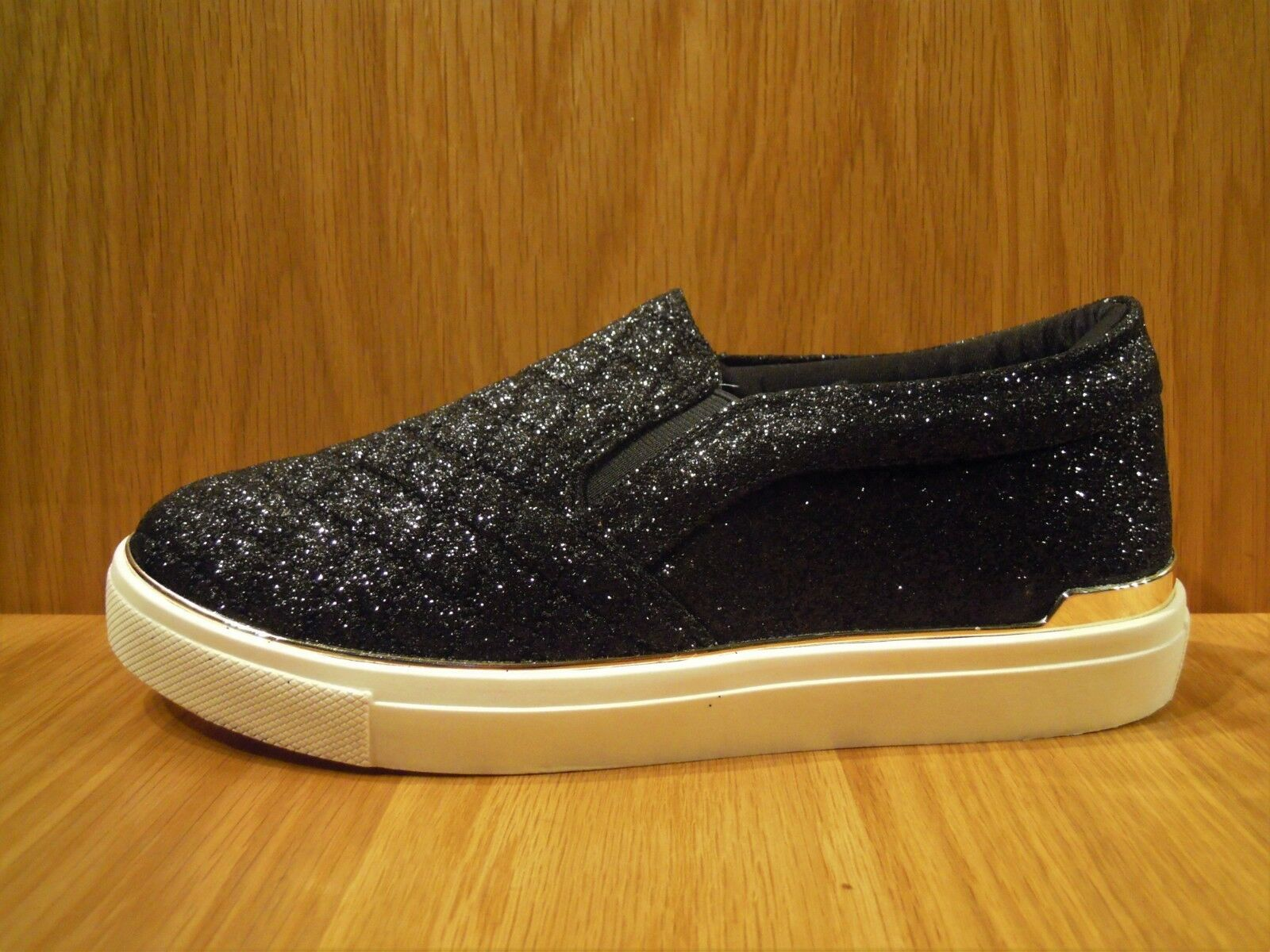 Carvela Ladies shoes Size 5 Black Pumps Flat Glitter Quilted Trainer Kurt Geiger