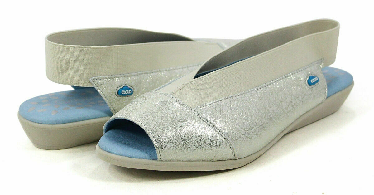Cloud Caliber Jane Off-White Metallic Leather Peep Toe Sandal shoes 38 EU 8