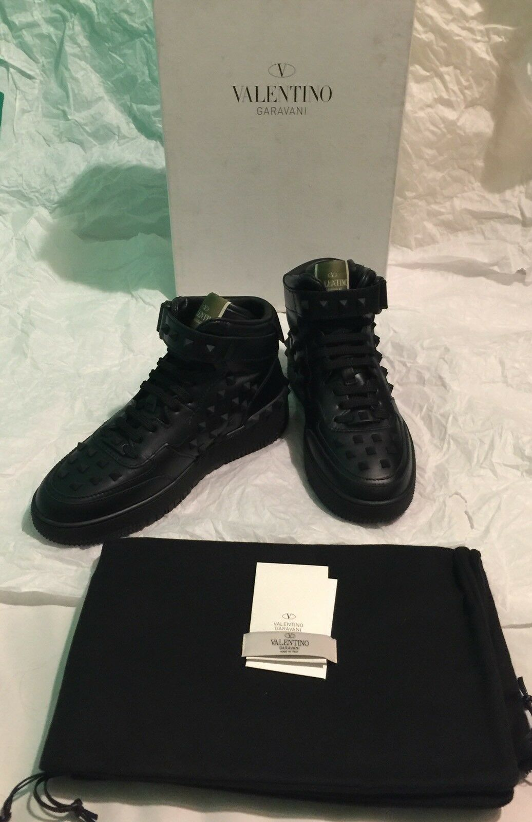 [NEW WITH BOX, RARE] Valentino Garavani Studded Leather Hi Top Sneaker US Men 7