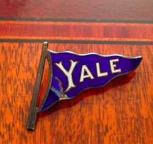ANTIQUE-enamel-YALE-COLLEGE-flag-PENNANT-STERLING-SILVER-lapel-hat-PIN-NICE