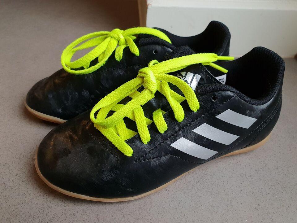 a03a663a6f67 ... Adidas Indendørs sko