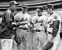 1969 NOLAN RYAN TOM SEAVER JERRY KOOSMAN GIL HODGES NEW YORK METS 8x10 PHOTO