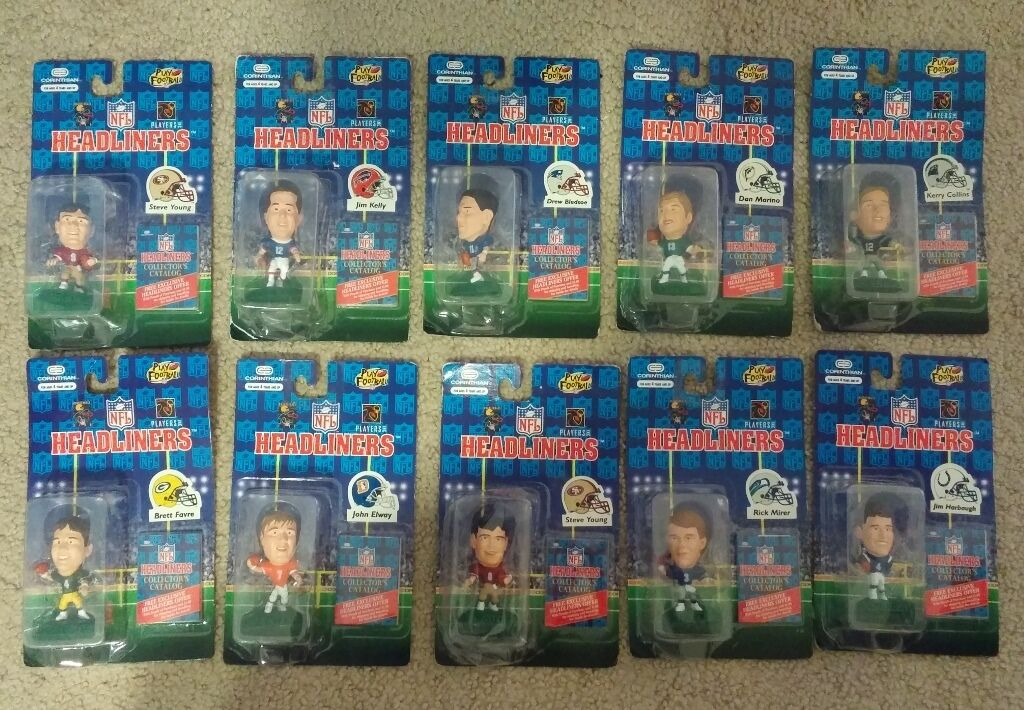 Headliners NFL lot of 16 Football Players