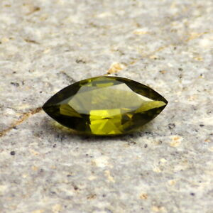 PERIDOT-OLIVINE-ARIZONA-1-45Ct-FLAWLESS-NATURAL-OLIVE-GREEN-COLOR-FOR-JEWELR