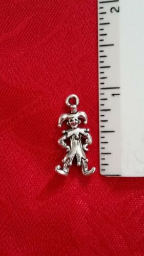 "7//8/"" LOBSTER CLASP ANTIQUE SILVER JESTER CHARM MARDI GRAS EUROPEAN BAIL"