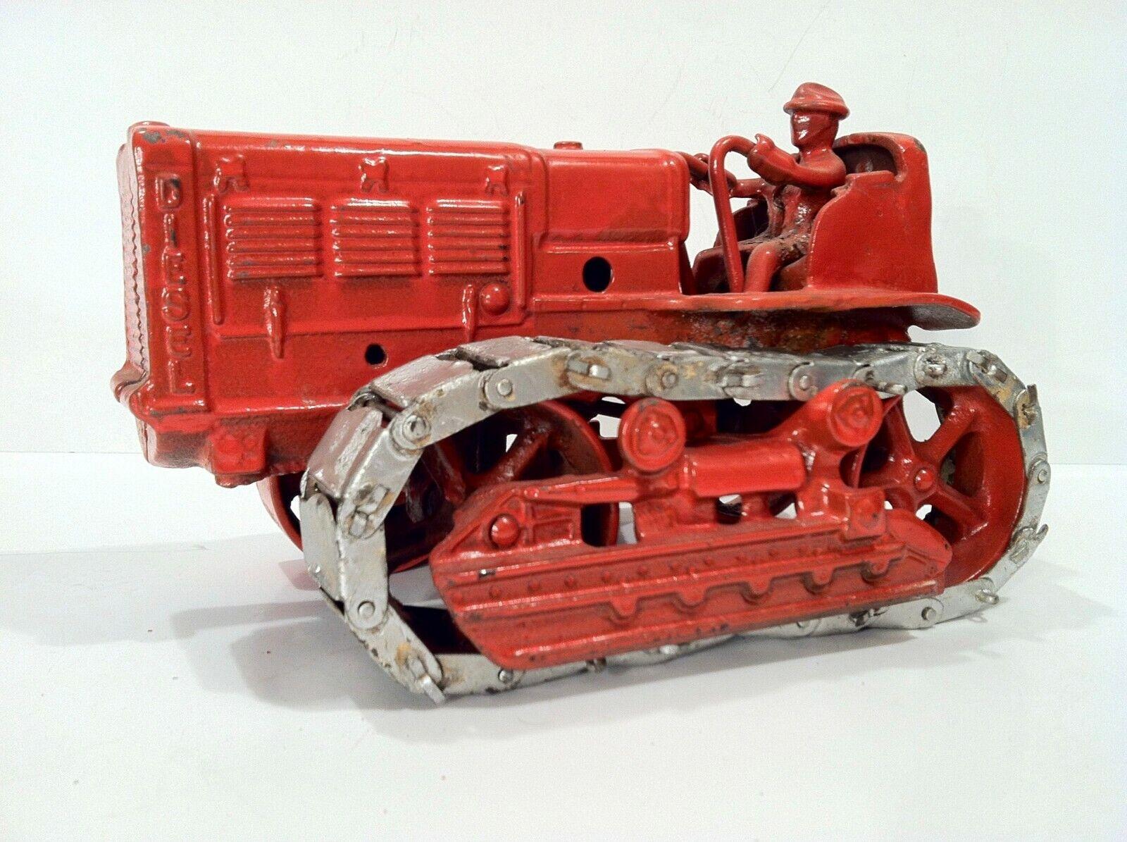 Vintage 1934-39 Arcade Cast Iron International TD-40 Crawler Toy LOOK & READ