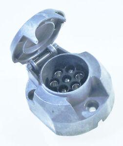 Steckdose 7-polig  Anhängersteckdose für KFZ aus Metall