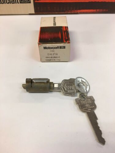 NOS MERCURY OEM 1952-1956 IGNITION STARTER KEYS /& LOCK CYLINDER BAF-11582-A