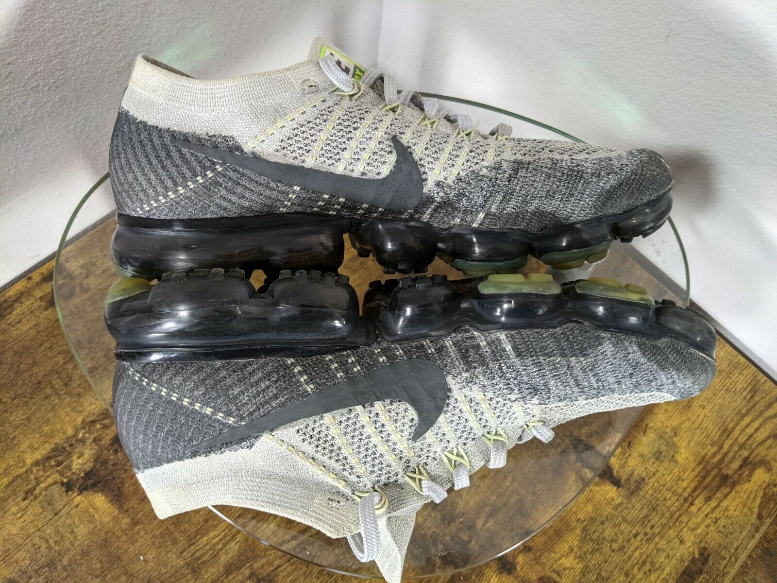 "Nike Air Vapormax Heritage ""Neon"" Mens 10 Gray / … - image 8"