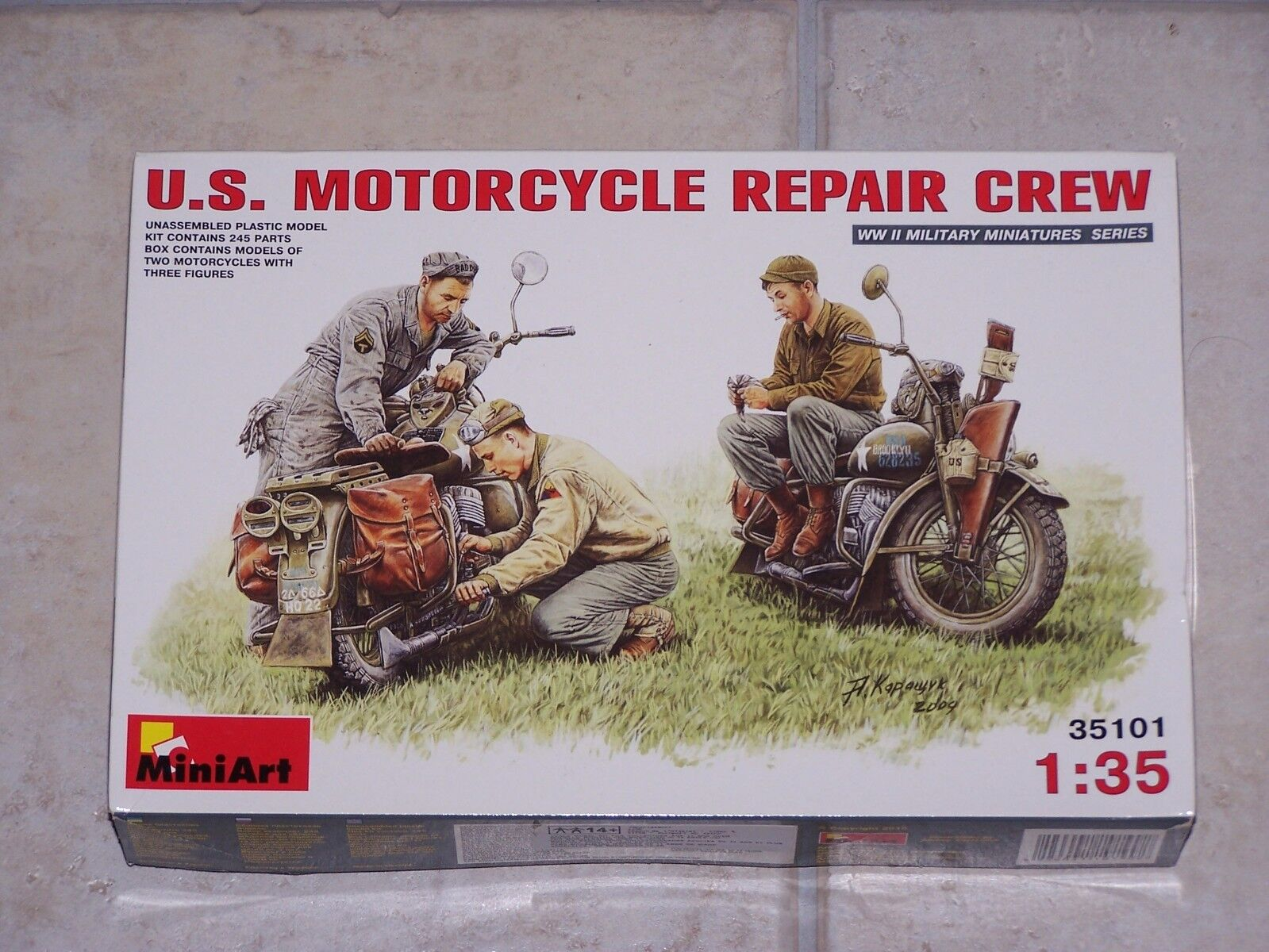Diorama  MINIART 1 35ème U.S. MOTORCYCLE REPAIR CREW