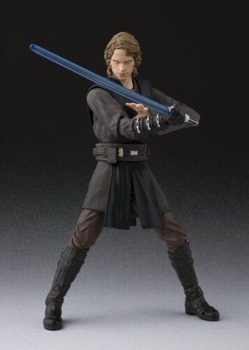 versión japonesa La venganza de los Sith Figuarts Star Wars Anakin Skywalker Bandai S.H