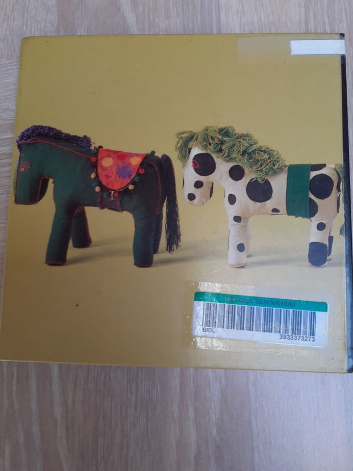 Broderi formning, Ann-Marie Kornerup, anden bog