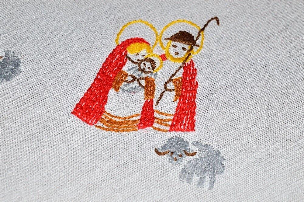THE HOLY FAMILY & WISEMEN  VTG GERMAN CHRISTMAS NATIVITY HAND EMB TABLECLOTH