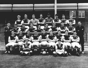 OLD-LARGE-PHOTO-ASTON-VILLA-FC-FOOTBALL-Aston-Villa-1965-team