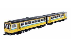 Dapol ND116E, N gauge, Class 142 2 car DMU, 142021  Tyne & Wear PTE