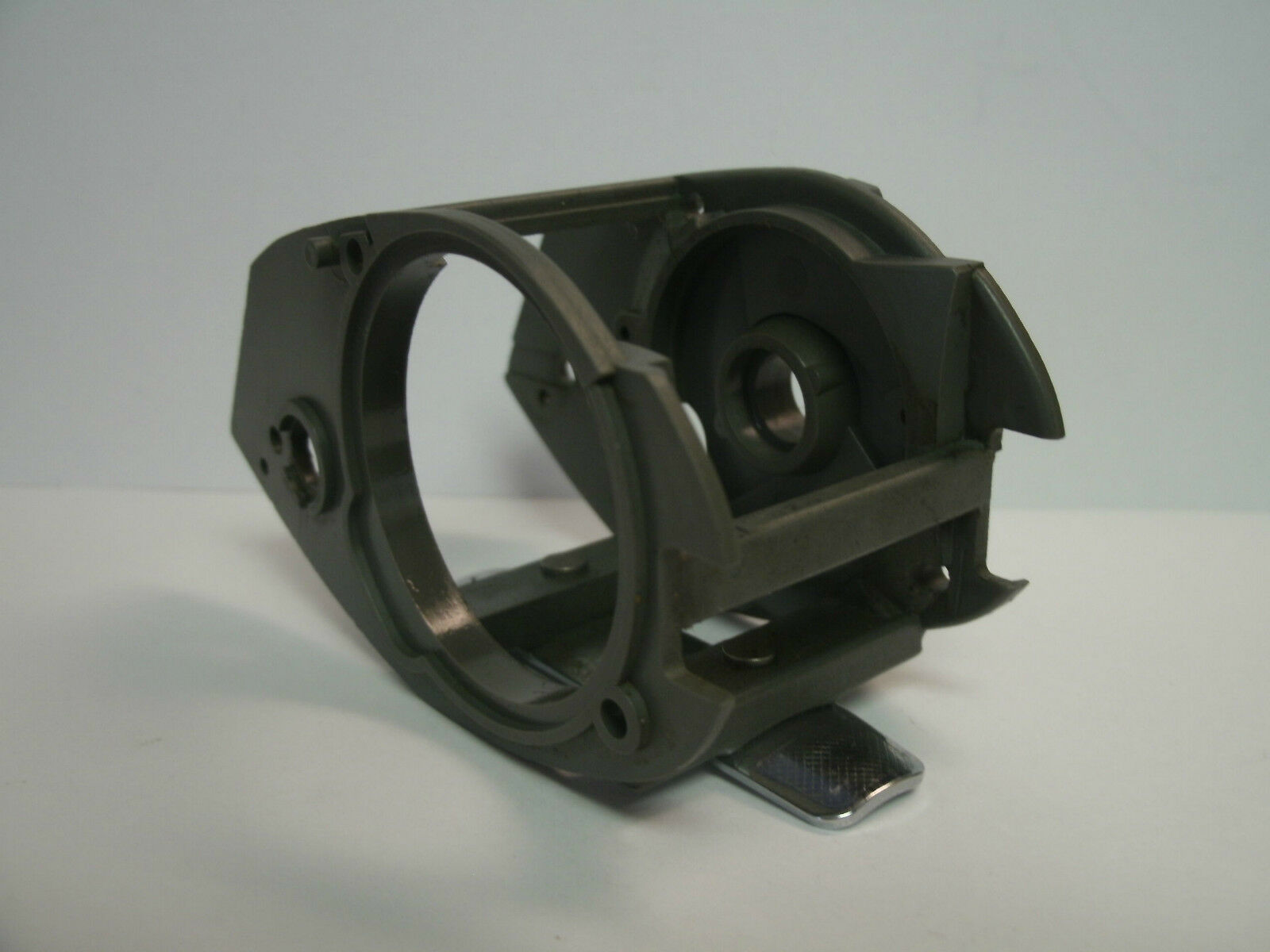 USED SHIMANO BAITCASTING REEL PART - Chronarch CH 200 - Frame Assembly