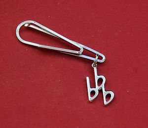 3-Flats-or-Eb-Key-Signature-Music-Silver-Pin-Badge-New