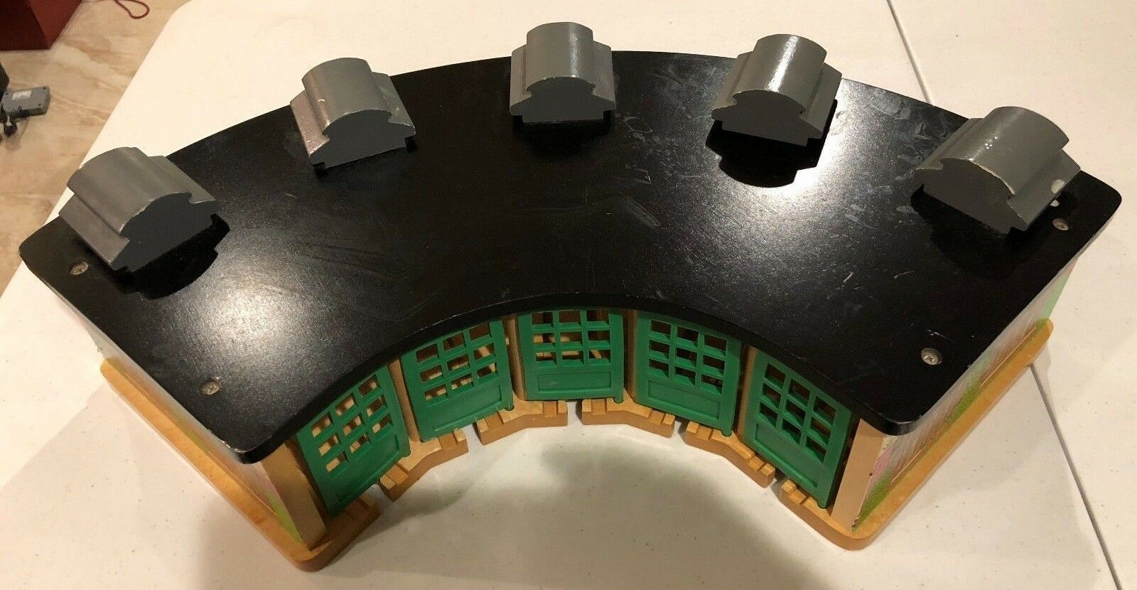 Thomas and Friends Roundhouse and Round About Action Turntable, LC99320, LC99927