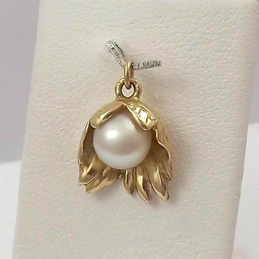 14K Yellow gold 3D 7mm Cultured Pearl Tropical Flower Charm Pendant 2.4gr