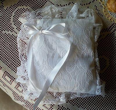 Gelernt Sehr Schönes Festliches Ringkissen Für Die Hochzeit (handarbeit) Neu!!! Extrem Effizient In Der WäRmeerhaltung