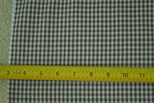 """By-the-Half-Yard 44/"""" Wide M5860 1//8/"""" Brown /& White Cotton Gingham"""
