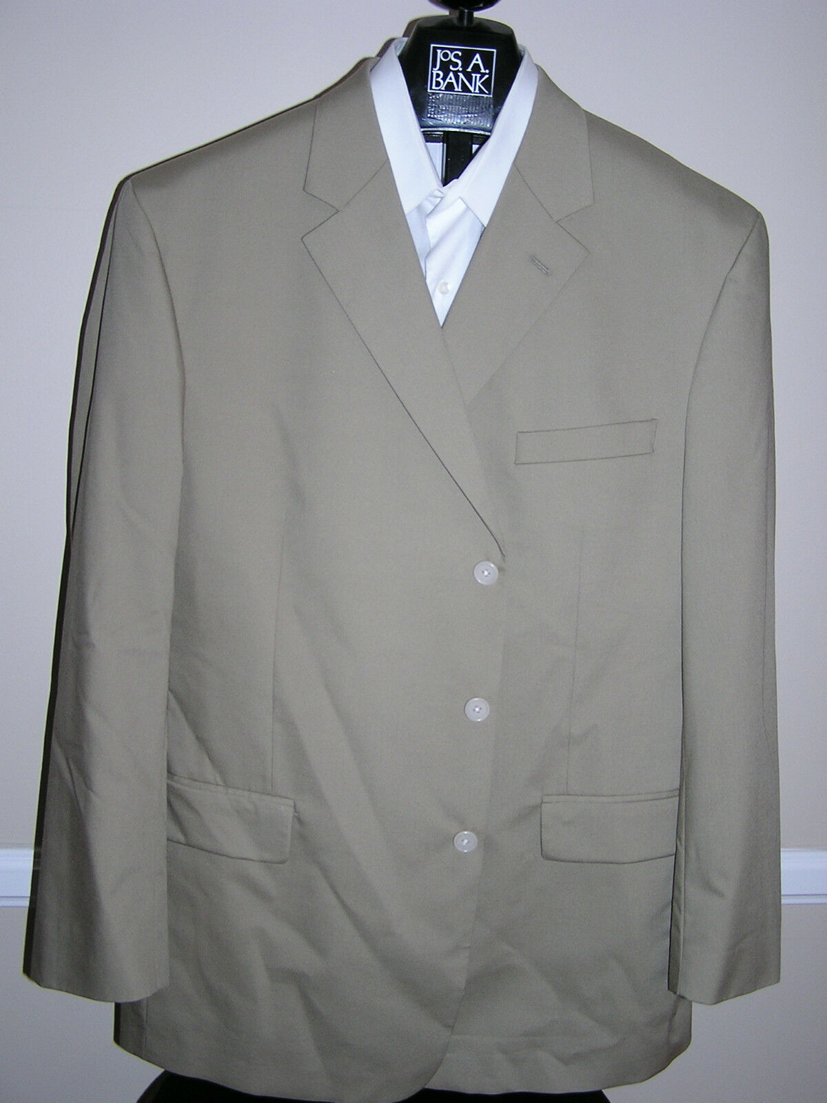 350 New Jos A Bank natural stretch Poplin 3 button suit in Solid Tan 38 R 33 W