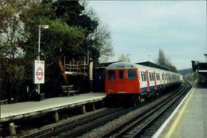 2004-North-Harrow-Station-Photographs-Qi-1053