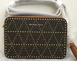 NWT-Michael-Kors-Ginny-Medium-Signature-Studded-Camera-Crossbody-Bag-228-Brown