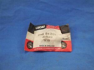 Lucas-314540-Bezel-Chrome-Switch-Triumph-BSA-Norton-NP597