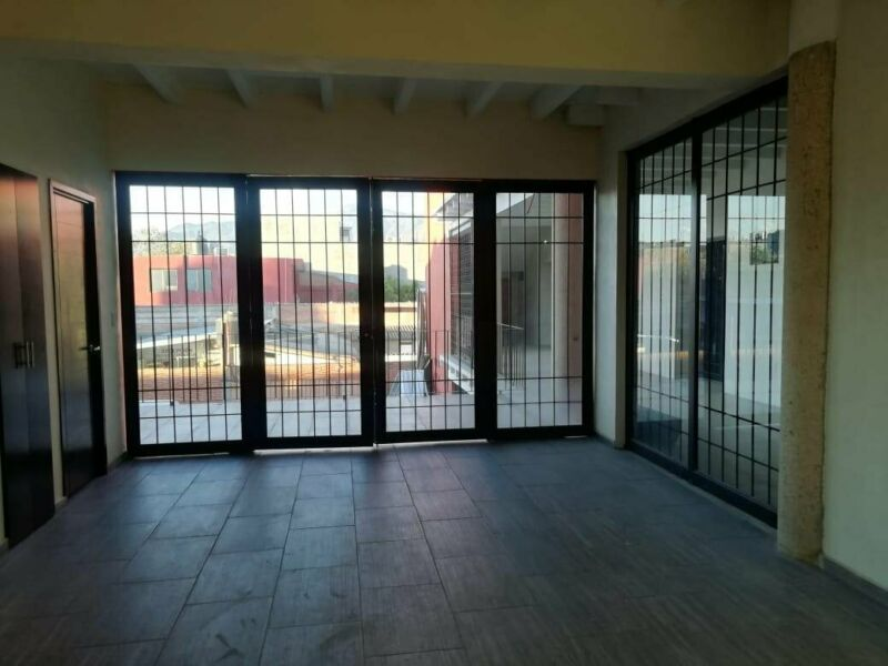 LOCALES COMERCIALES EN RENTA CALLE ARTEAGA CENTRO OAXACA