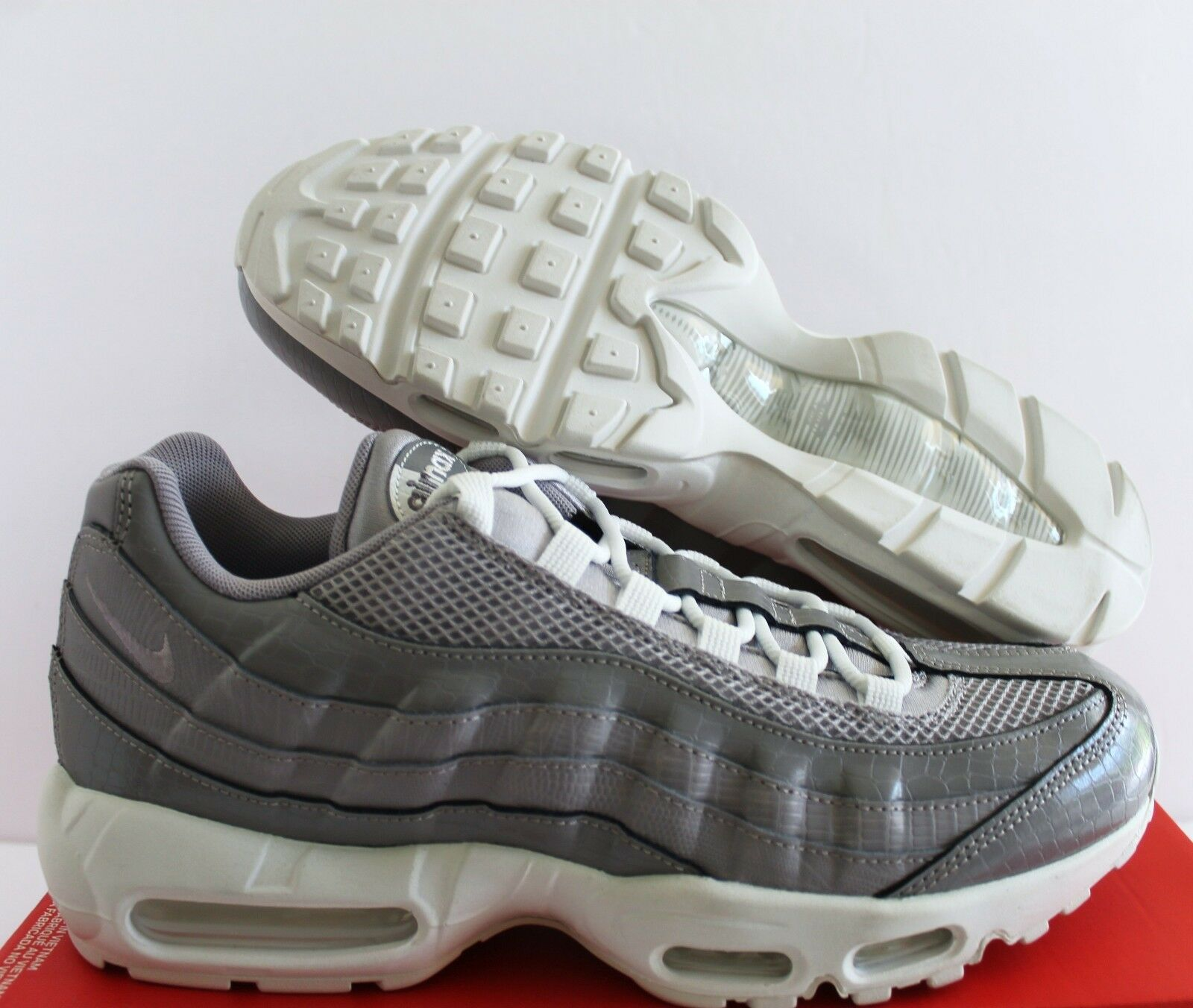 NIKE AIR MAX 95 PRM ATMOSPHERE grau damen SZ 12    MEN SZ 10.5