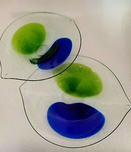 2-Hand-BLown-Art-Glass-Plates-Serving-Dishes-Clear-Blue-Green