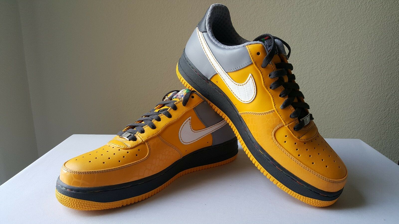 Nike Air Force One  '07 Premium  Choz  South Bronx size 11 Style