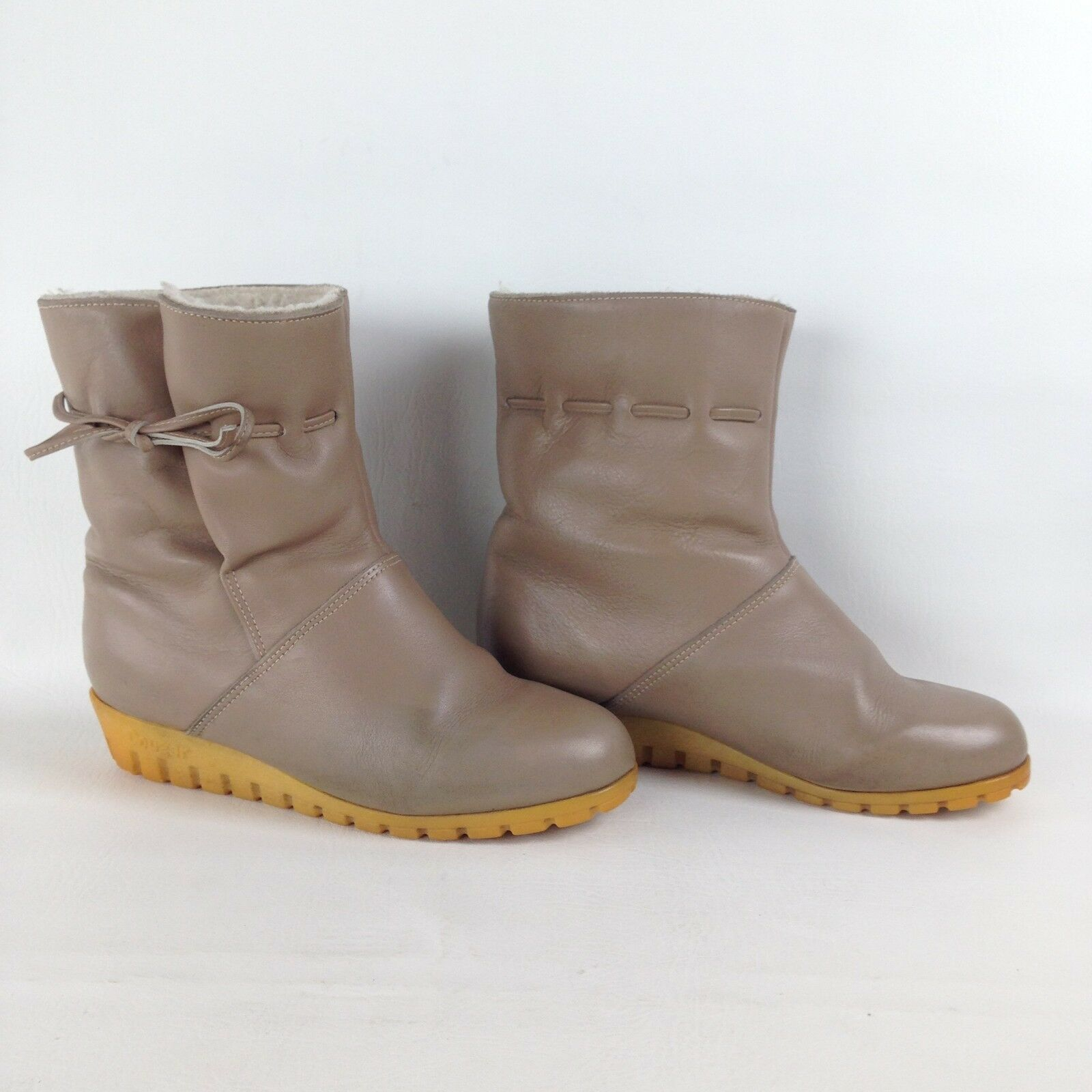 COUGAR BEIGE LEATHER WINTER FASHION ANKLE BOOTS LINED SNOW SHOES WOMENS SZ 6.5